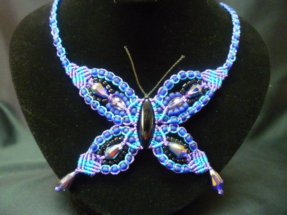Aprende a realizar esta Mariposa con tejido Macramé.