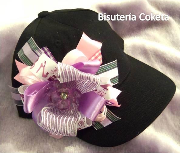 Bellas Gorras Decoradas para las Princesas de la Casa. (120 bs. al detal, 100 bs. al mayor a partir de 12 gorras)